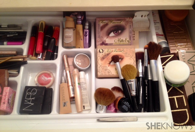 Makeup drawer | Sheknows.com