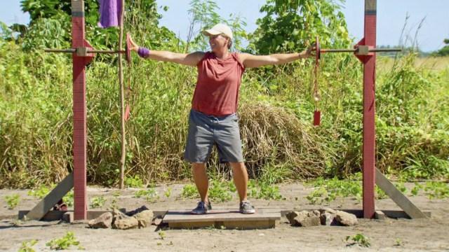 Lauren Rimmer competes in challenge on Survivor: Heroes Vs. Healers Vs. Hustlers