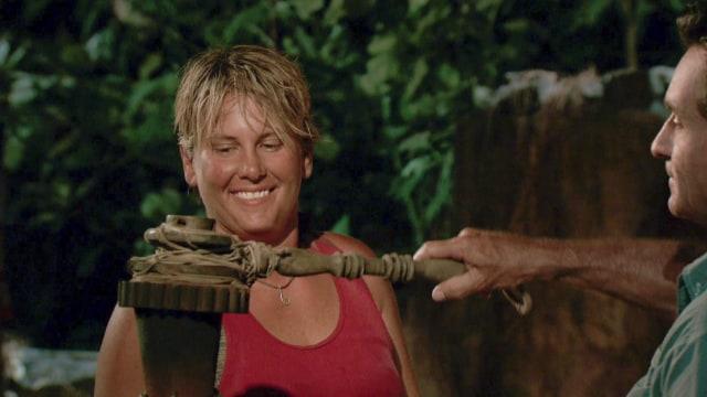 Lauren Rimmer voted off Survivor: Heroes Vs. Healers Vs. Hustlers