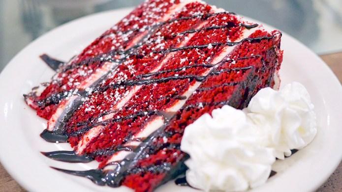 23 luscious red velvet desserts to