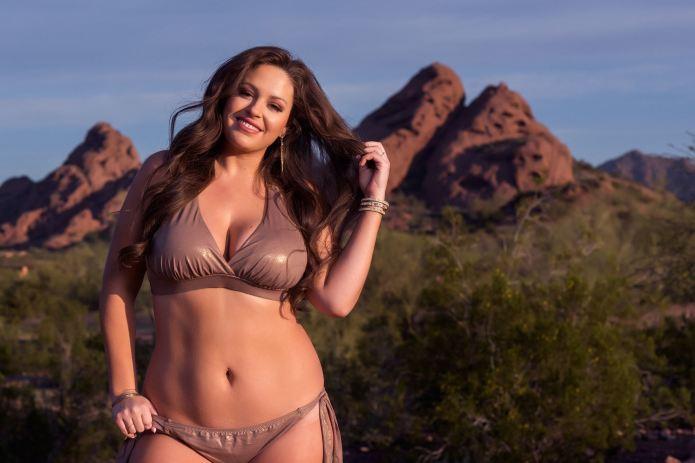 Plus-size model starts campaign to debunk