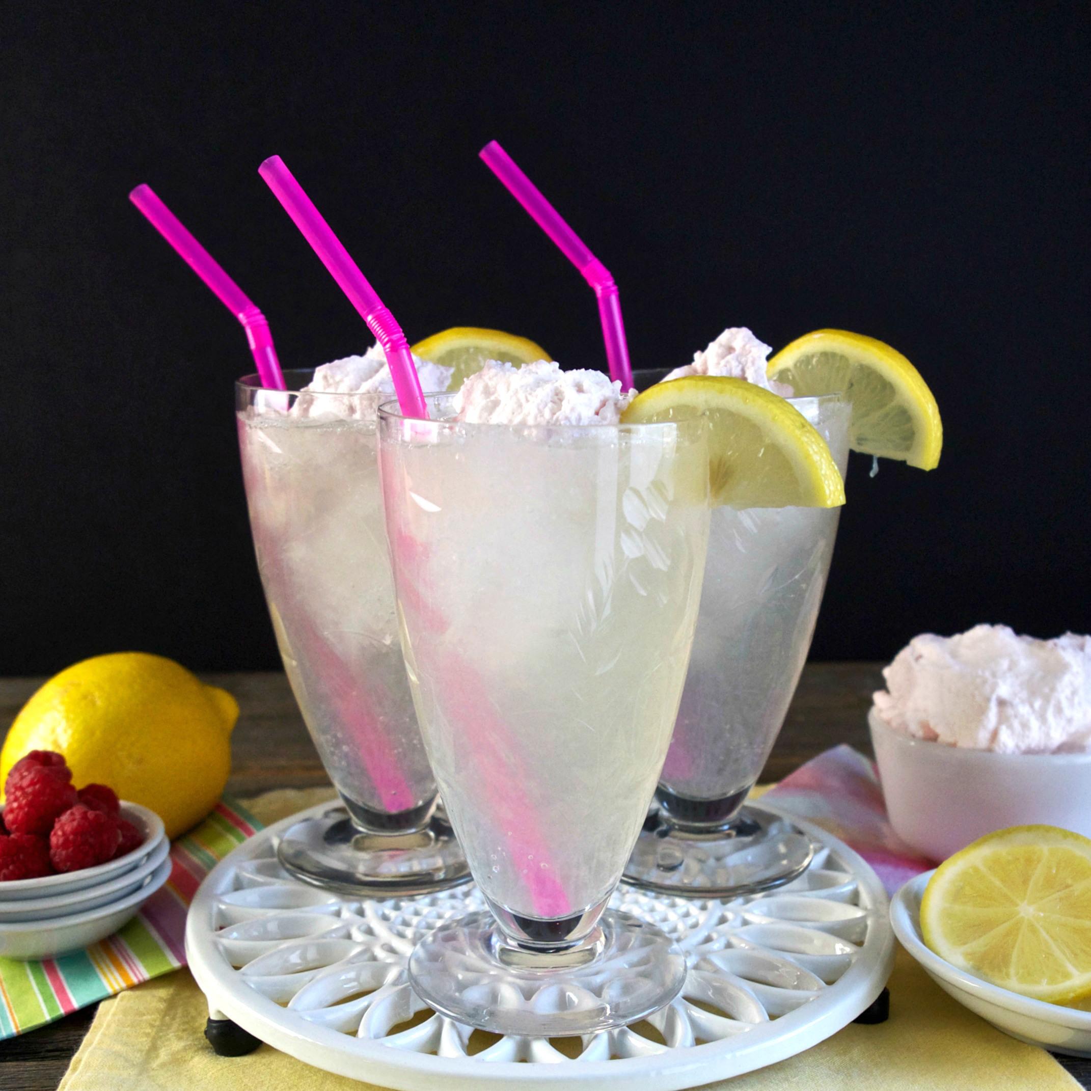 lemonade with raspberry cream