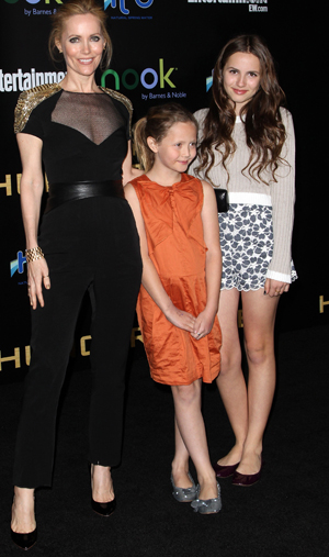 Leslie Mann with Iris and Maud Apatow