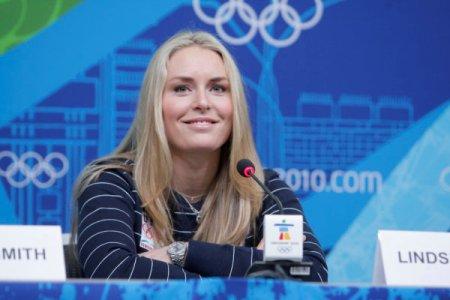 Leslie Vonn greats the press after winning her gold medal