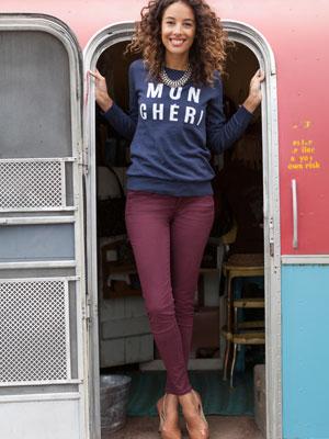 Woman wearing jean leggins in fig | Sheknows.ca