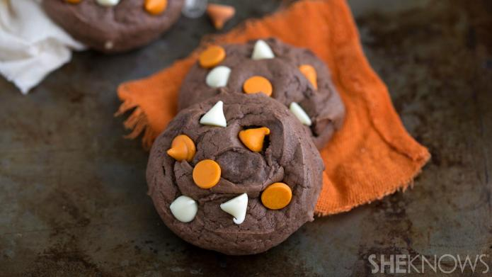 Dark chocolate pumpkin cookies with chunky