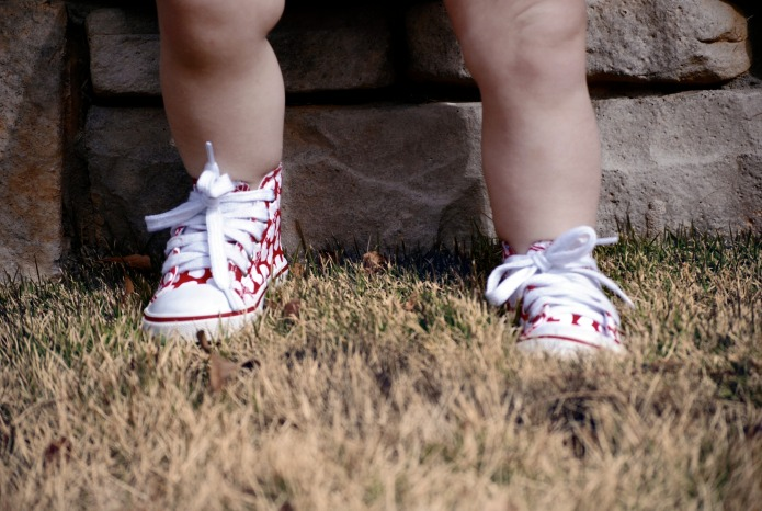 Adorable early-walker shoes for babies that