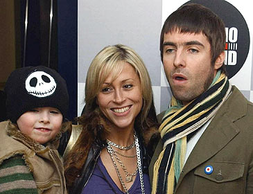 Liam Gallagher and Nicole Appleton get married