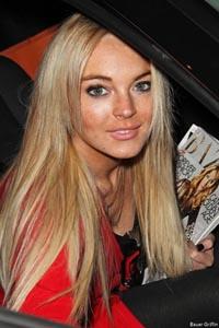 Lindsay Lohan not dropping last name