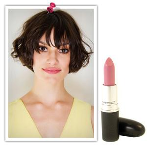 MAC Lipstick in Snob
