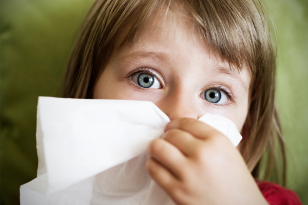 Little girl with flu