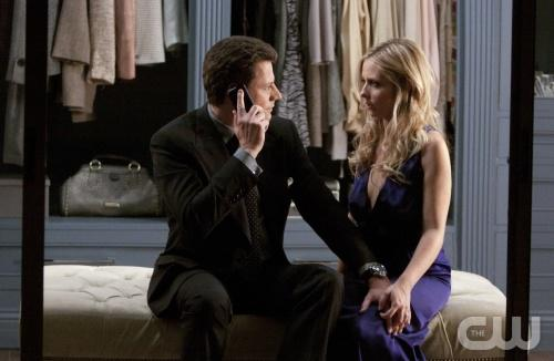 "Ringer preview: ""Oh Gawd, There's Two"