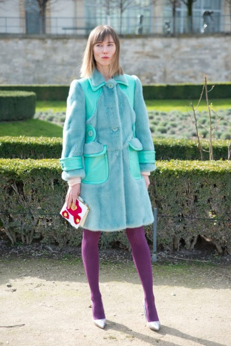 Trendy ways to wear tights | Color blocking