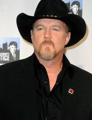 Trace Adkins and Kristin Chenoweth create