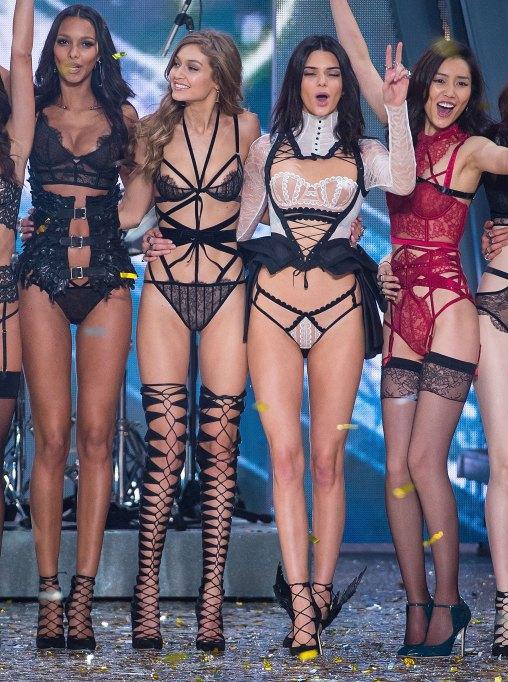 Kendall Jenner & Gigi Hadid 2016 Victoria's Secret Fashion Show