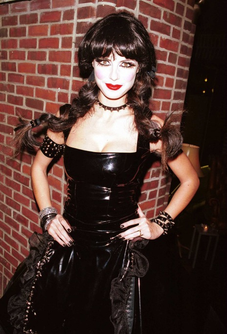 Heidi Klum's Halloween Costume: Goth girl