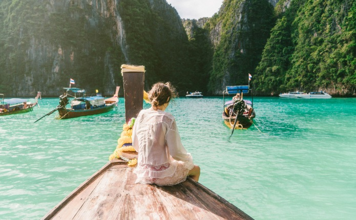 10 Inspiring Travel Bloggers You Need