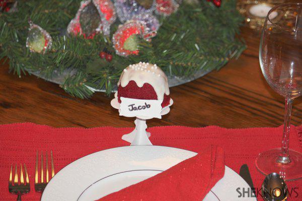 Red velvet bundtlette Christmas name cards