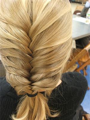 Loose fishtail braid