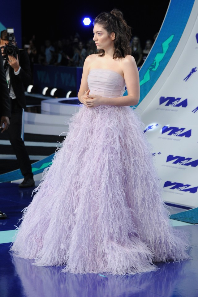 Best Dressed at the 2017 VMAs: Lorde