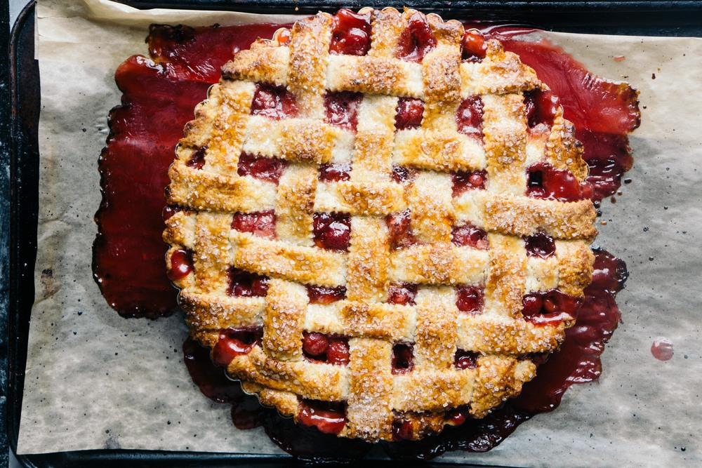 Sour cherry almond pie