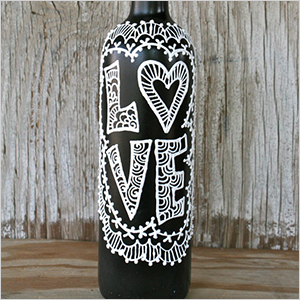 Decorated vase | Sheknows.ca