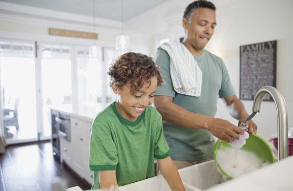 Kid-friendly spring-cleaning tasks