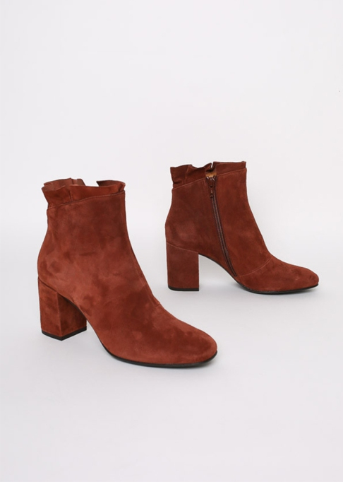 Fall Boots To Shop Before They Sell Out: Colico Liseli Boots| Fall Fashion Trends 2017
