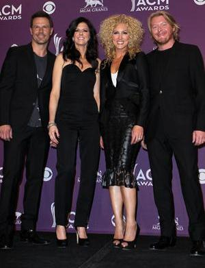 Little Big Town takes the family