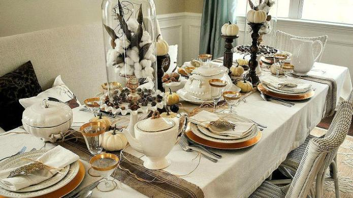 10 Lovely Thanksgiving decorations you can