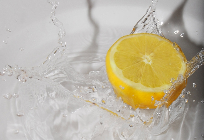 Lemon water should be your new