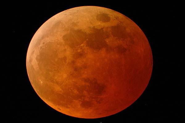 Lunar Eclipse 2010 tonight