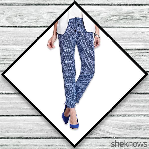 Old Navy blue patterned pants