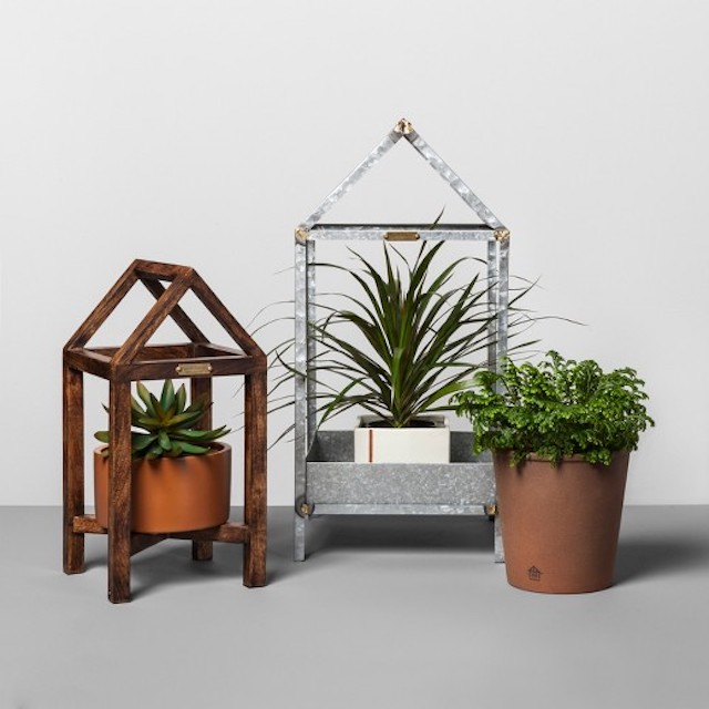 Terracotta and wood house plant stand magnolia