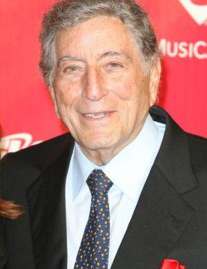 Tony Bennett backs drug legalization as