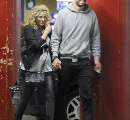 Celeb bump day: Shakira, Claire Danes,