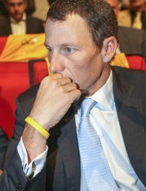 Lance Armstrong slapped with DOJ lawsuit