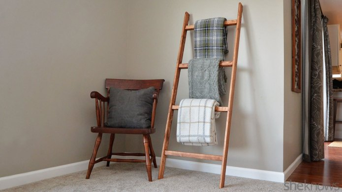 15 DIY projects that turn ladders