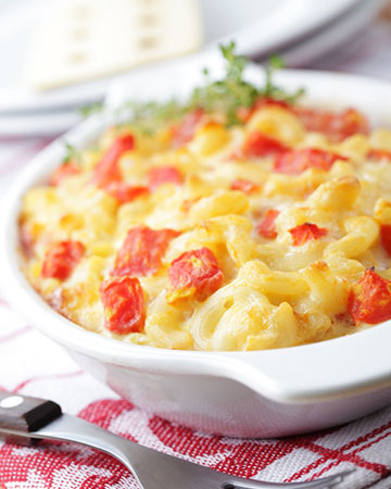 Macaronic and cheese with tomatoes | Sheknows.ca