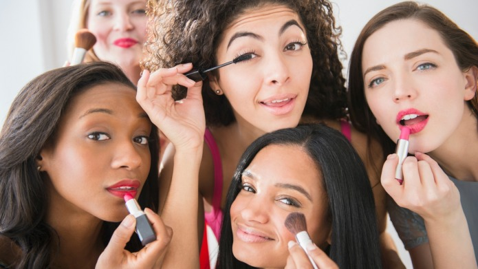 Makeup confessions: 10 Things we do