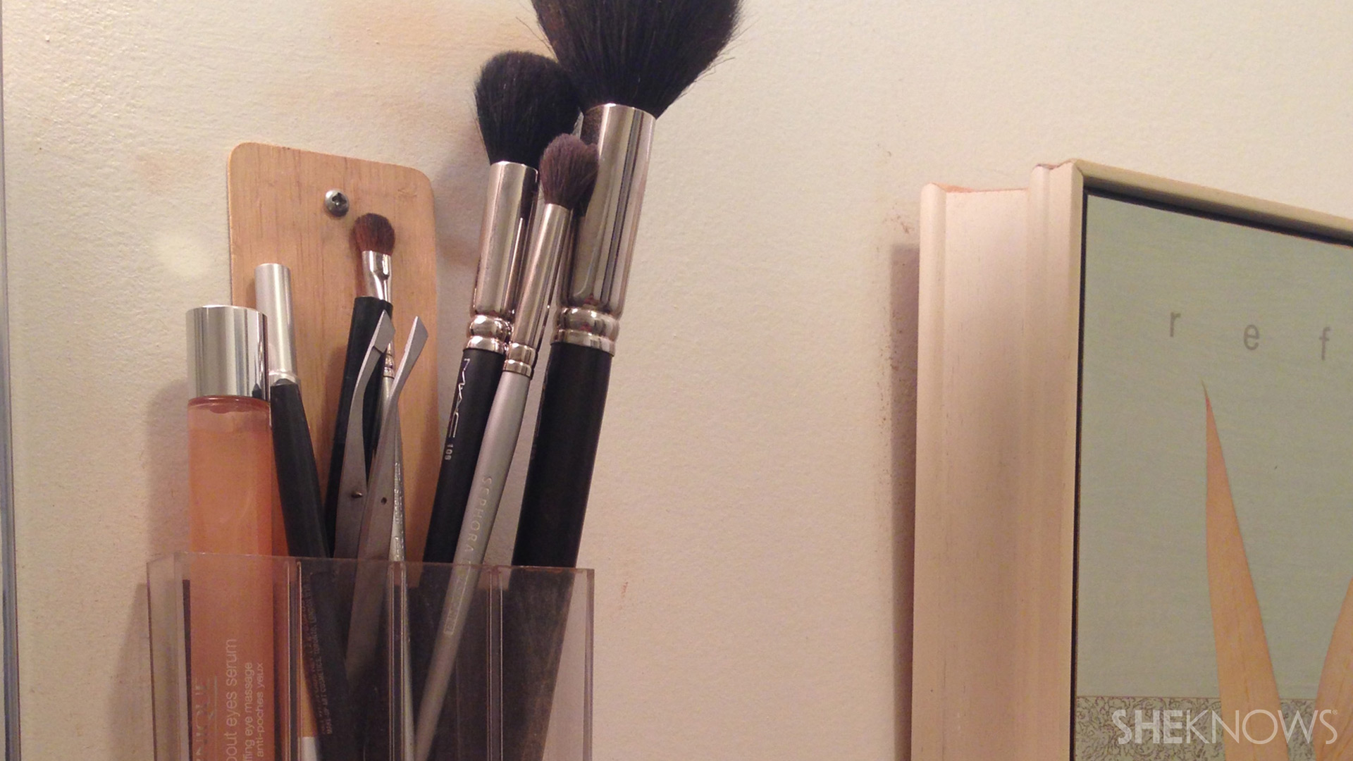 Makeup organizer | Sheknows.com