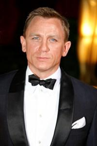 Daniel Craig signs on to Girl