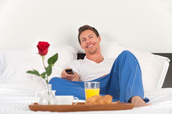 Resultado de imagem para dad breakfast in bed