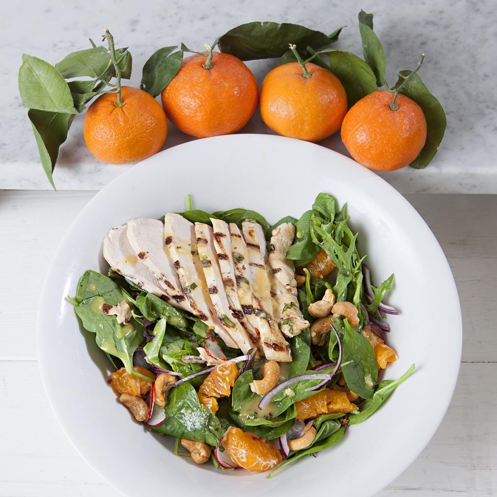 mandarin cashew chicken spinach salad