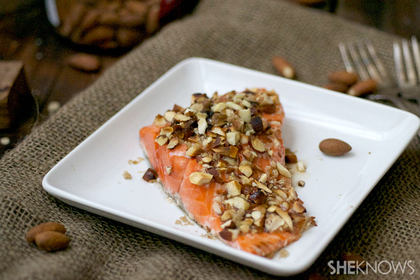 Maple and almond broiled salmon