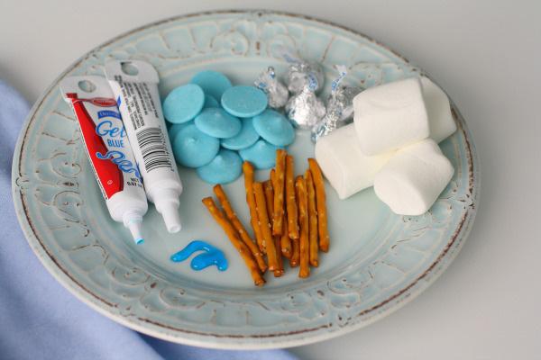 Marshmallow dreidel treats