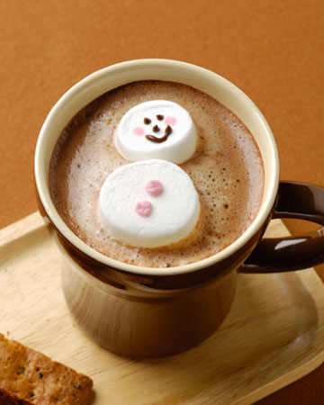 Marshmallow Olaf melting in hot chocolate | Sheknows.com.au