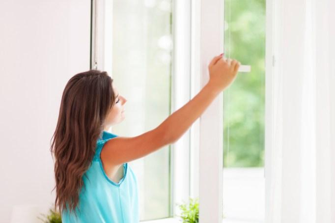 Closing window