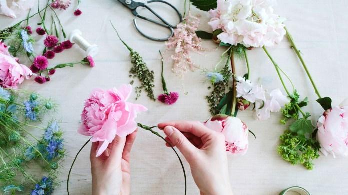 10 DIY Valentine's Day Decor Ideas