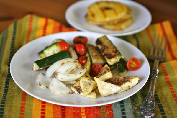 Meatless Monday: Jerk veggies and tofu with grilled pineapple
